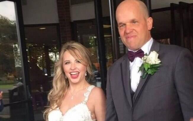 Ex-fuzileiro naval não fazia ideia de que não só salvaria a vida de Heather Krueger como os dois acabariam se casando