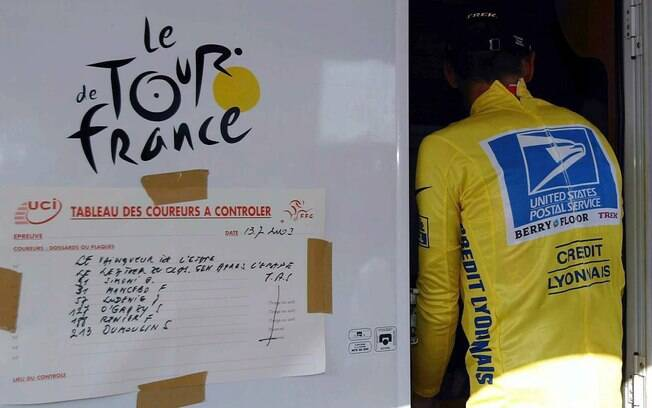 Ainda em 2005, Lance Armstrong teve seus  primeiros problemas com doping