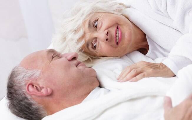 De acordo com o estudo, o sexo na terceira idade não precisa ser ruim, principalmente se a pessoa se sentir mais nova