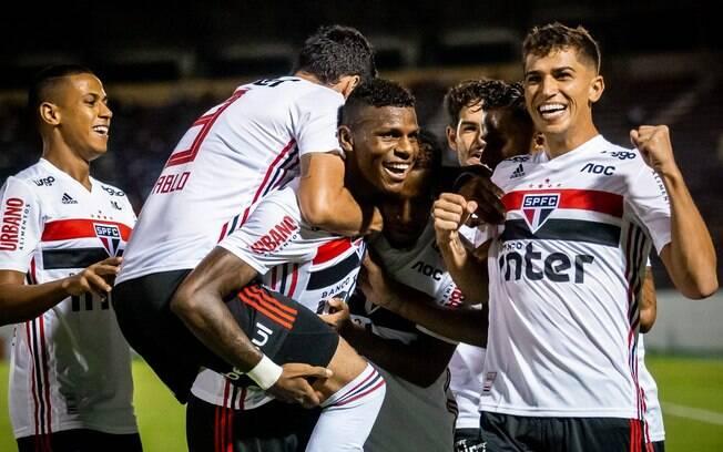 Arboleda marcou o gol da vitória do São Paulo contra a Ferroviária
