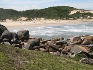 Boas caminhadas podem esconder praias inesquecíveis