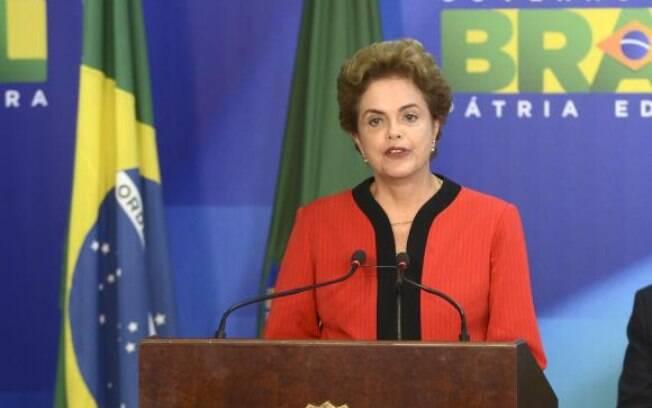 Segundo o senador, é inegável a movimentação de Dilma para promover a soltura de réus presos