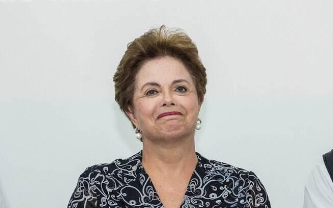 No começo de novembro, a PF chegou a solicitar a prisão temporária da ex-presidente.