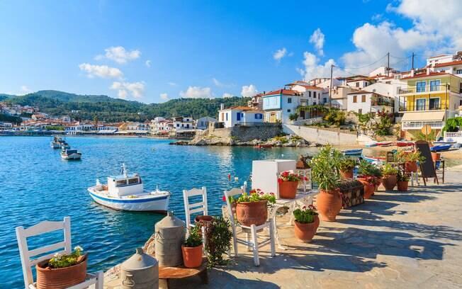 A ilha de Samos, localizada na costa turca, é um destino para os turistas que gostam de tranquilidade