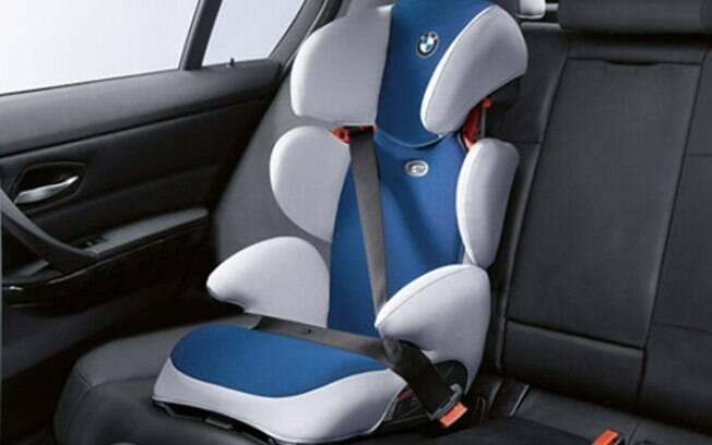 Cadeirinhas infantis protegem as crianças em caso de acidente, mas devem estar bem instaladas