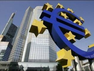 Instituição deu sinais que está disposta a atuar para evitar agravamento de crise na Europa