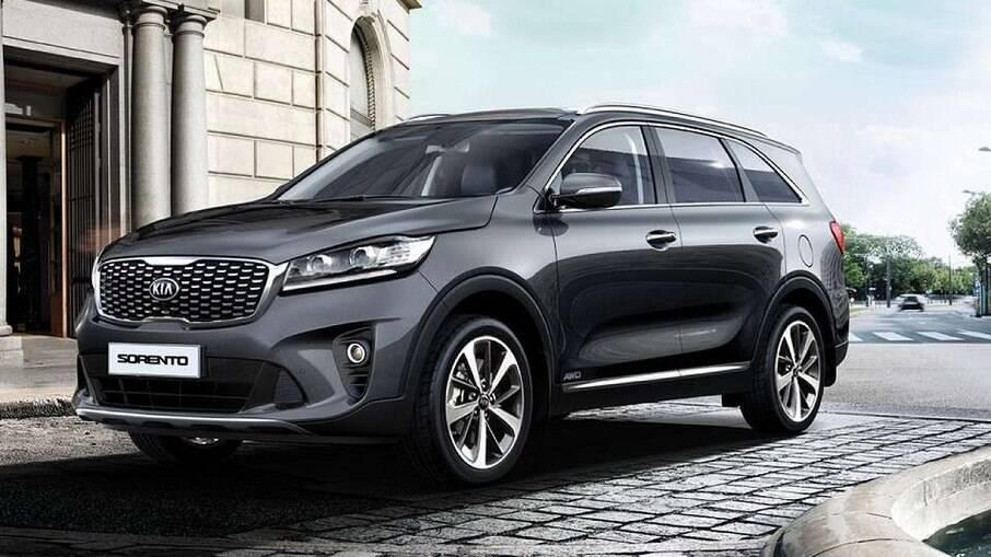 Kia Sorento EX pode levar sete ocupantes e é mais barato que o Hyundai Creta Limited