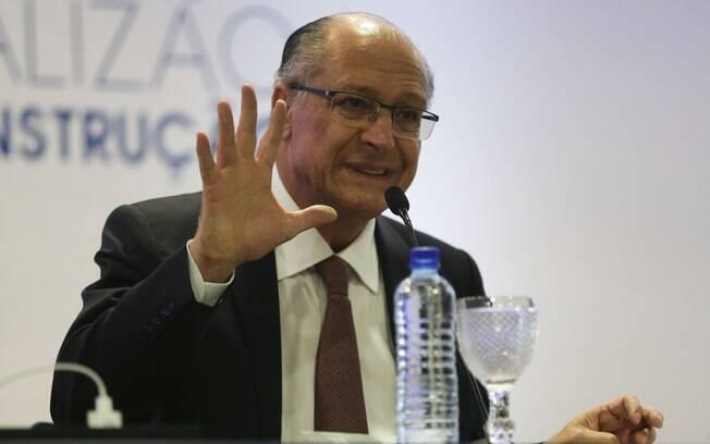 Campanha reaproveitou nesta terça-feira propaganda de Geraldo Alckmin exibida na TV no último sábado (29)