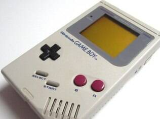 Um Game Boy como este, com o jogo Tetris incluído, foi vendido por US$ 1.050