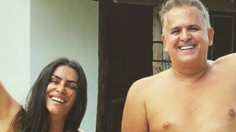 Cleo posta homenagem ao padrasto Orlando Morais