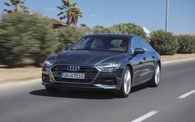 Audi A7 cinza