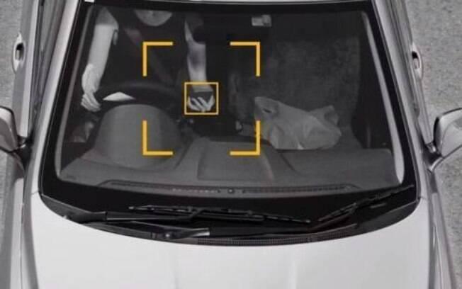 Já existem até os radares que detectam o uso de celular ao volante. Mas, por enquanto, a tecnologia só existe na Austrália