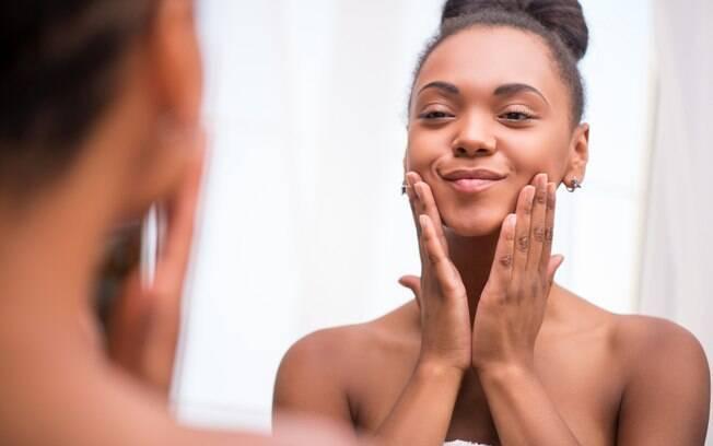 Segundo especialista, escolher os óleos essenciais de acordo com o seu tipo de pele potencializa os efeitos do tratamento