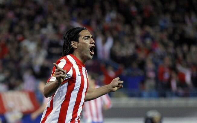 Atlético de Madri, de Falcao, é o quarto clube mais devedor do mundo: 514 milhões de euros (R$ 1,3 bilhões)