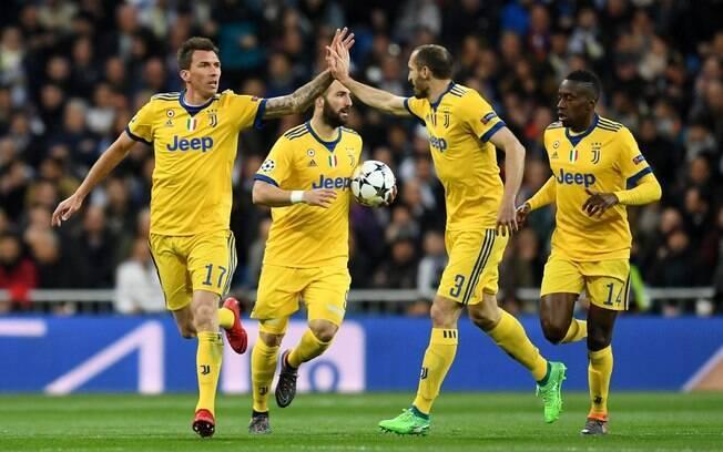 Jogadores da Juventus comemoram gol contra o Real Madrid