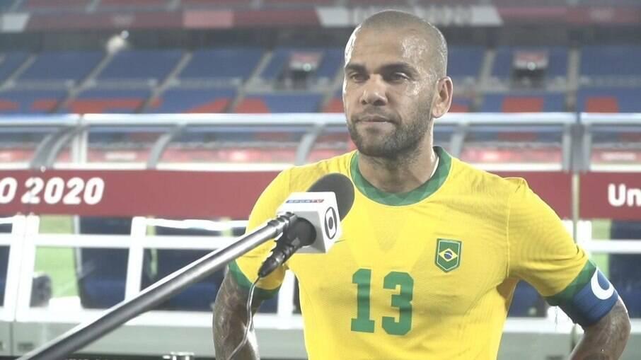 Daniel Alves detona São Paulo após ouro nas Olimpíadas: 'Falhou muito  comigo' | Olimpíadas | iG