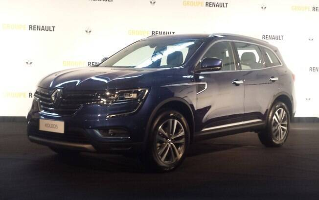 Criado na França pela Renault, o Koleos é oferecido apenas na Ásia, com produção na Coreia do Sul e China. Deve ser vendido por aqui entre R$ 150 mil e R$ 160 mil.