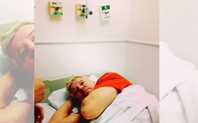 Miguel Falabella posta foto em hospital: 'Estou com dengue'
