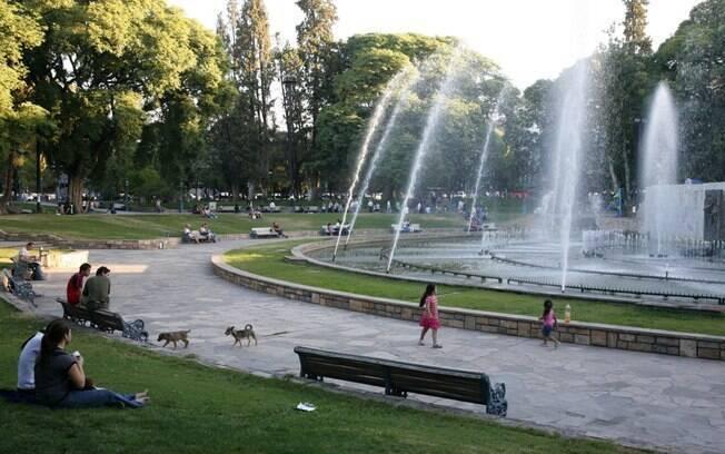 Plaza de l'Independencia, ponto de encontro no centro de Mendoza