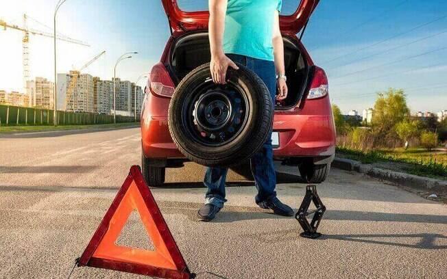 Saiba o que é preciso fazer nessas horas, para não danificar o carro e não tomar multa de trânsito