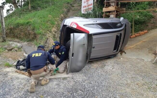 Acidente aconteceu no km 426 da Rodovia Régis Bittencourt.
