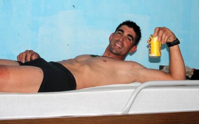 Dá até para rexalar e tomar uma cerveja na  área de descanso. Equipes tem que dormir, pelo  menos, oito horas