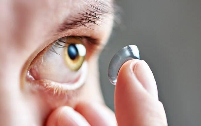 Cuidados com a saúde ocular são essenciais, principalmente para quem usa lentes de contato
