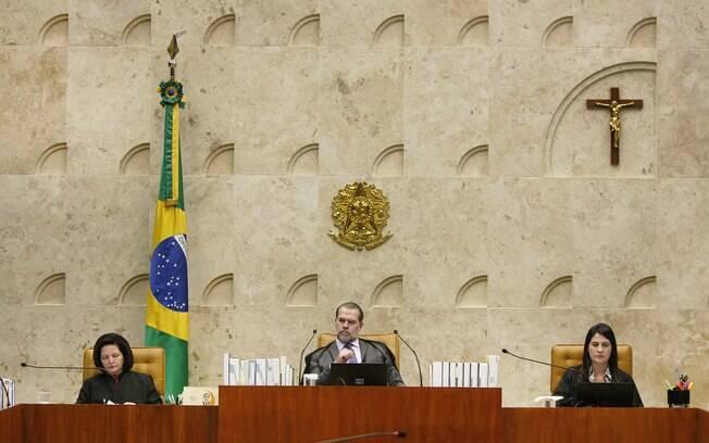 Ministros do STF recebem o teto do funcionalismo público
