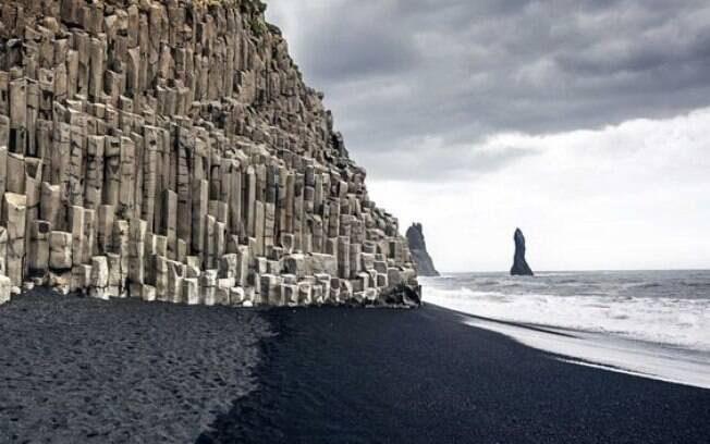 Praias com areia preta da Islândia também foram cenários de Star Wars