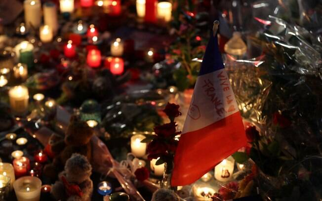 Ataque com caminhão que deixou  84 mortos e mais de 200 feridos em Nice, na França, na última quinta-feira (14)