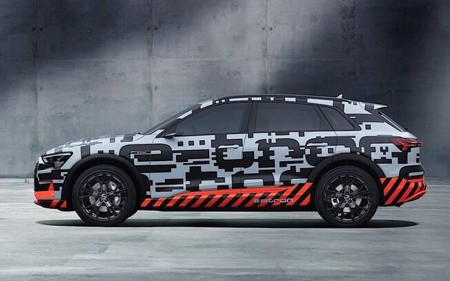 Audi e-tron: protótipo é a versão conceitual do novo SUV da Audi que será lançado nos próximos meses, assim como o Q8