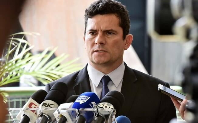 Ministros de Bolsonaro: Sérgio Moro, ex-juiz federal responsável pela Operação Lava-Jato, será o futuro ministro da Justiça e da Segurança Pública