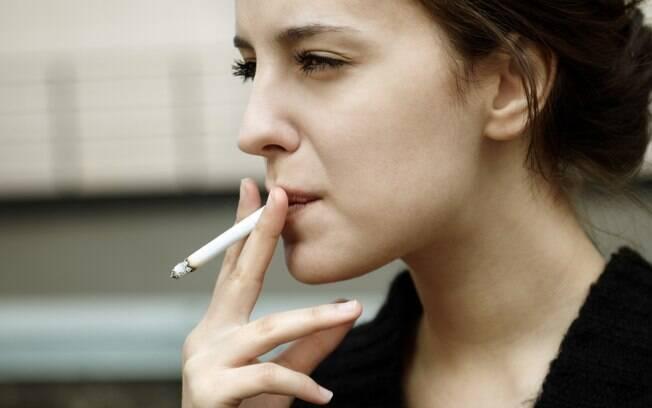 Pesquisadores derrubam o mito de que cigarro reduz o estresse