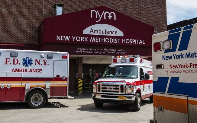 Com hospitais lotados, número de mortos nos EUA já é maior do que na China