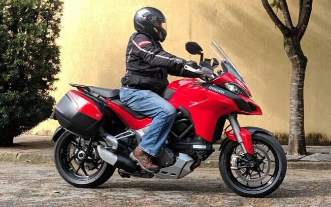 A Ducati Multistrada 1260S tem motor Testastretta de 158 cv de potência
