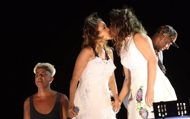 Carnaval dos famosos: Daniela Mercury casa-se simbolicamente