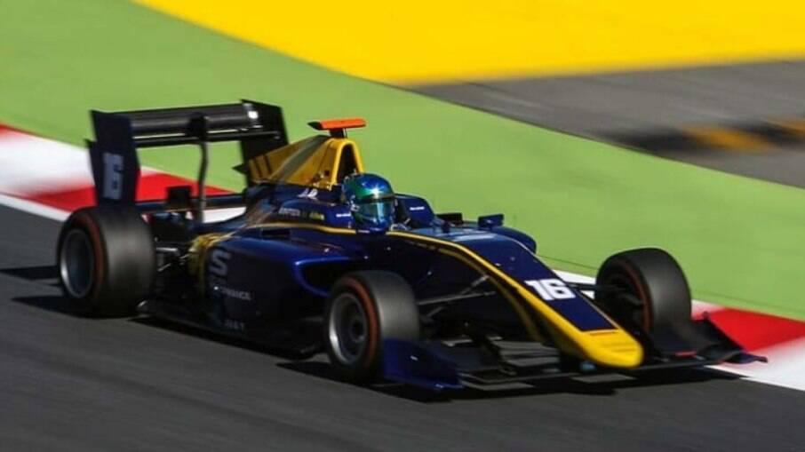 Bruno Baptista foi  campeão  sul-americano de Fórmula 4, em 2015, quando ganhou experiência com  monopostos