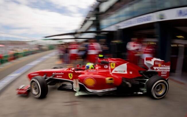 Felipe Massa foi melhor que Fernando Alonso,  companheiro na Ferrari, no primeiro treino na  Austrália