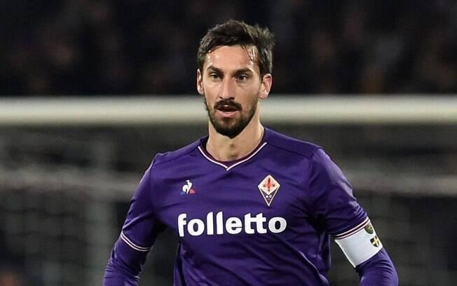 Davide Astori, zagueiro e capitão da Fiorentina, foi encontrado morto em hotel