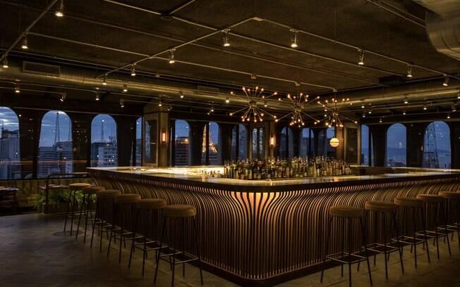 Detalhes do bar do Seen, considerado por Olivier da Costa o coração do lugar