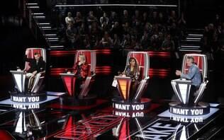 Por pressão de executivos da TV, Kelly Clarkson emagrece 18 quilos