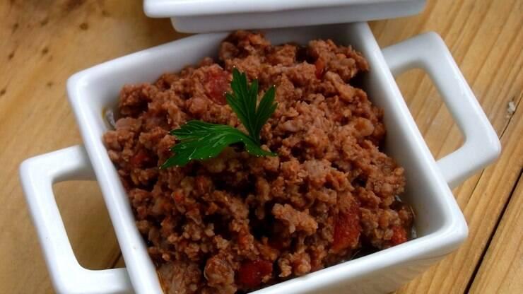 Aprenda a preparar uma deliciosa carne moída indiana - Carnes - iG