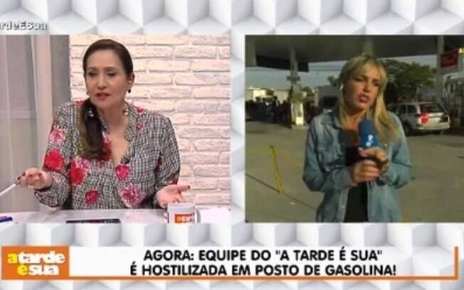 Repórter de Sônia Abrão é hostilizada em posto de gasolina durante reportagem por causa da greve dos caminhoneiros