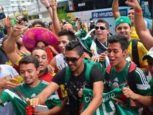 ESPORTES - FORTALEZA CE - BRASIL - 15.6.2014 - COPA DO MUNDO FIFA 2014 - Selecao do Mexico chega em Fortaleza CE para o jogo contra a Selecao Brasileira.  Foto: Douglas Magno / O Tempo