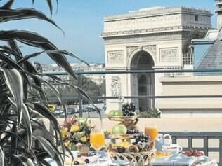Hospedagem em Paris está mais barata do que no Brasil