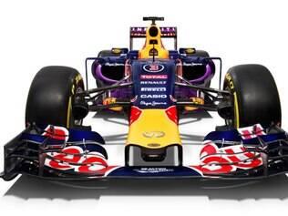 Carro da Red Bull lembra bastante o que foi utilizado em 2014
