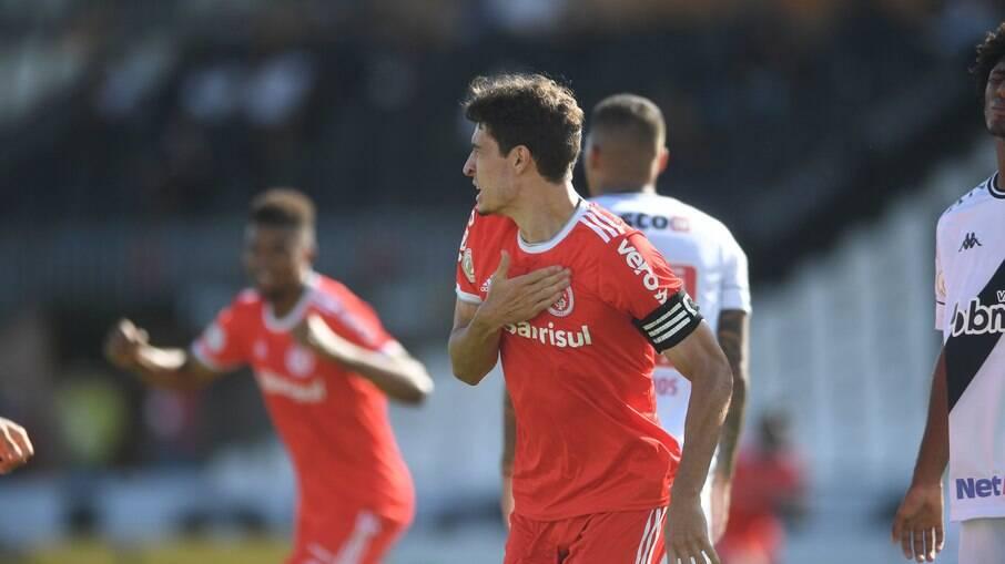 Rodrigo Dourado comemora gol do Inter