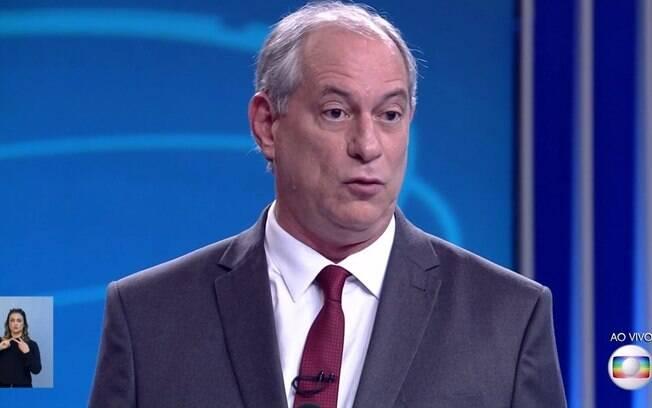 Debate na Globo: Ciro Gomes atacou Bolsonaro e disse que a ideia de liberar porte de armas tem alegrado mercado