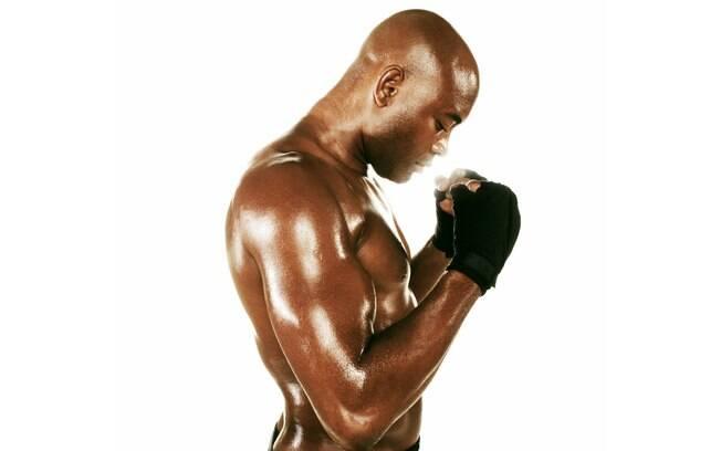 Aranha posa para foto da revista do UFC