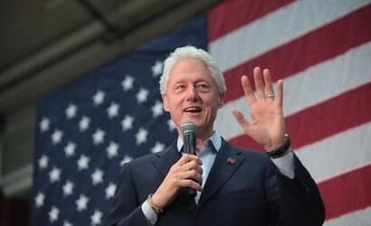 Bill Clinton, ex-presidente dos Estados Unidos, é internado